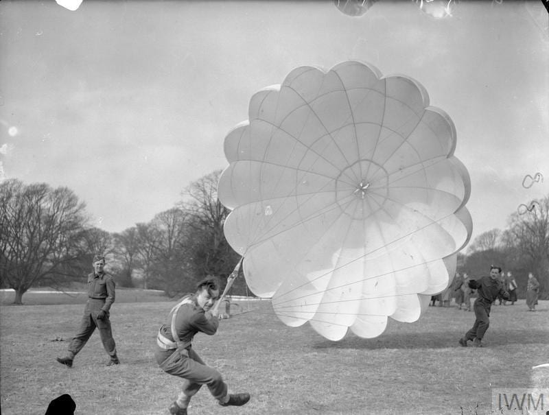 THE POLISH ARMY IN BRITAIN, 1940-1947 (H 17879) The first step in the training of parachutists is the correct way to land. At this Polish Parachute Training Centre at Largo House, Fifeshire, soldiers of the 1st Polish Independent Parachute Brigade are seen receiving their initial instruction in landing. From this they carry on through the various stages of the course to energe finally as fully fledged paratroops. Copyright: © IWM. Original Source: http://www.iwm.org.uk/collections/item/object/205198285